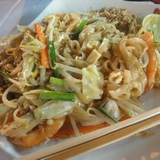タイの屋台で食べるパッタイはハンパなくうまい