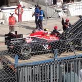 2010 F1 モナコGP 決勝も終了。クラッシュしたマシンの片付けなどが行われる