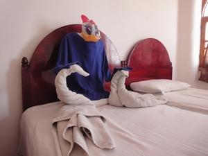 エジプト流ベッドメイキングのタオル白鳥