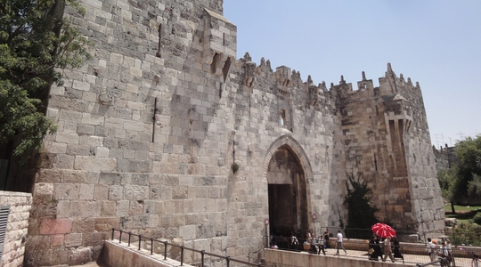 ノースタンプでイスラエル入国!宿近くのダマスカス門