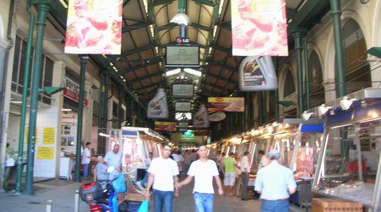 アテネのオモニア広場近く 中央市場