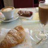 イタリアはカフェのちょっとしたクロワッサンもうまい