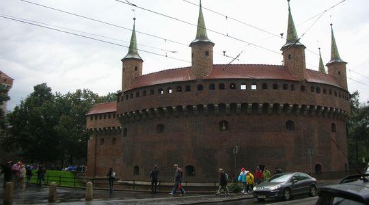 中世の雰囲気漂うポーランド クラクフの街