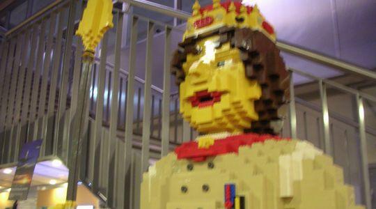 ビルン空港ではレゴがお出迎え