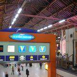 ようやくロンドン到着!洗練されたヴィクトリア駅