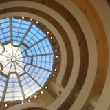 渦巻きの建物が有名なグッゲンハイム美術館
