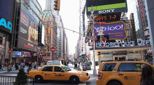 ニューヨークといえばタイムズスクエア。休日の穏やかな雰囲気はすごくいい