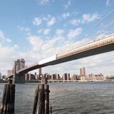 歴史を感じる立派なブルックリンブリッジ