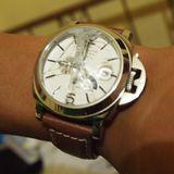 大事な腕時計を空港で破損。急ぎは禁物。。