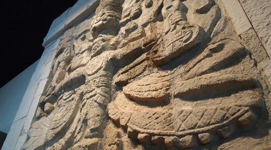 中米の古代文明が集結するメキシコシティの人類学博物館。なかなか見ごたえがあった
