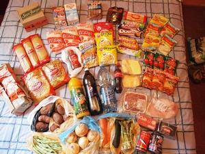 イースター島へ持ち込む食材の一部