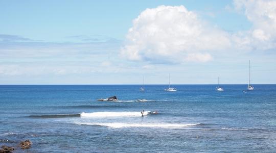 イースター島ではサーフィンも盛ん