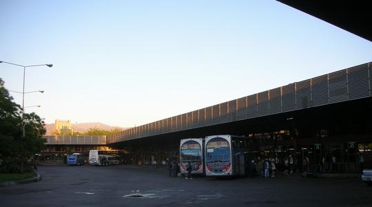 ビーニャ・デル・マルから夜行バスでメンドーサへ到着!