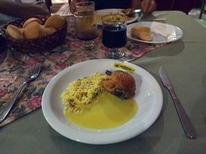 ブエノスアイレス行きの夜行バスで無料の豪華ディナー