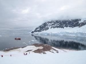 南極大陸から見る見事な景色