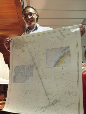 南極上陸クルーズに使った航海図のオークション