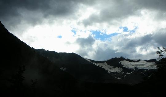 パイネ国立公園でトレッキング