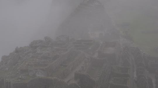 天空都市マチュピチュは雲の中にあった