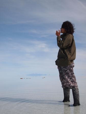 今日のウユニ塩湖では薄い雲の中に包まれているよう。その2
