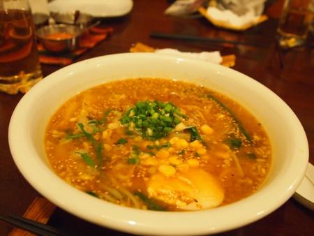 ラ・パスの日本食料理屋けんちゃんのみそらーめん
